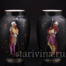 Парные фарфоровые вазы Два стражника, Франция, кон. 19 века.