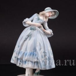 Фигурка из фарфора Танцующая девушка, Von Schierholz, Германия, 1907 - 1927 гг.